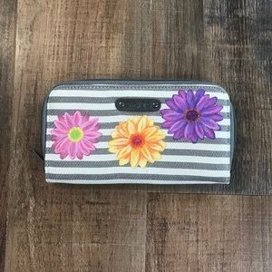 Dakine Wallet with Hand Painted Daisies